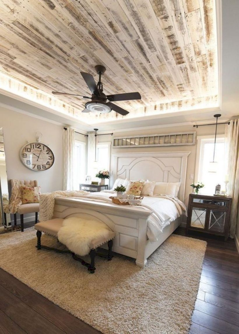 Magnificient Farmhouse Bedroom Decor Ideas To Try Now28