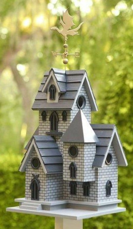 Magnificient Stand Bird House Ideas For Garden05