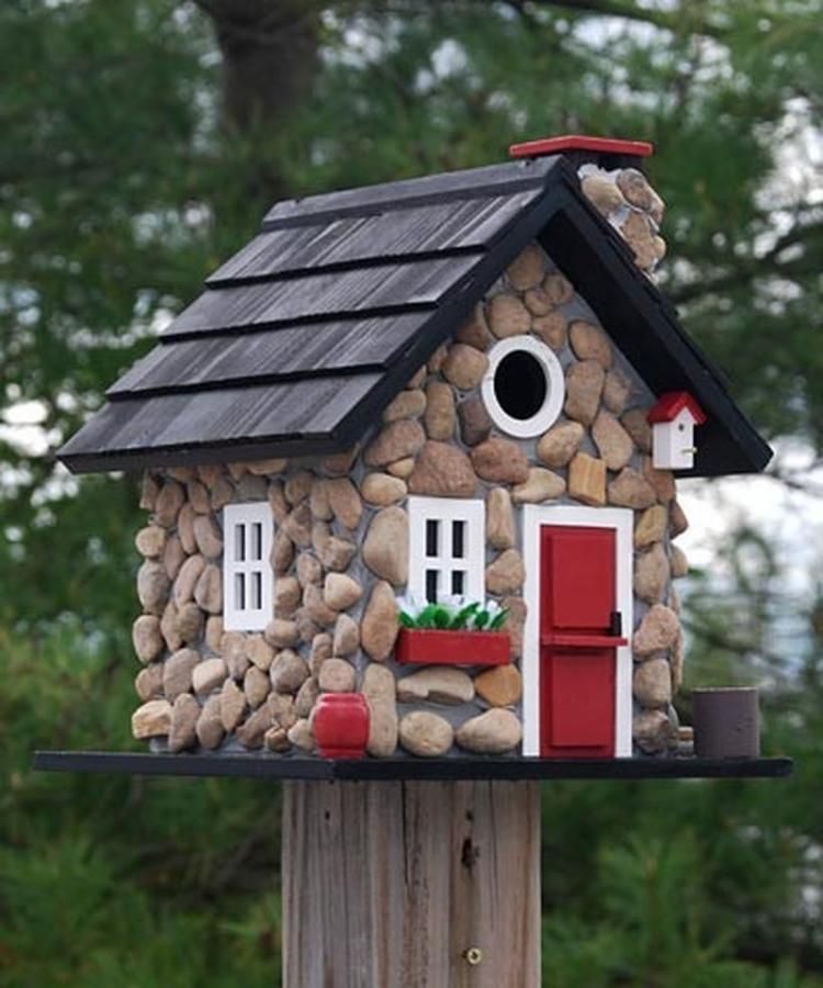 Magnificient Stand Bird House Ideas For Garden08
