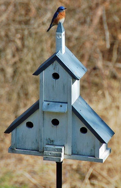 Magnificient Stand Bird House Ideas For Garden16