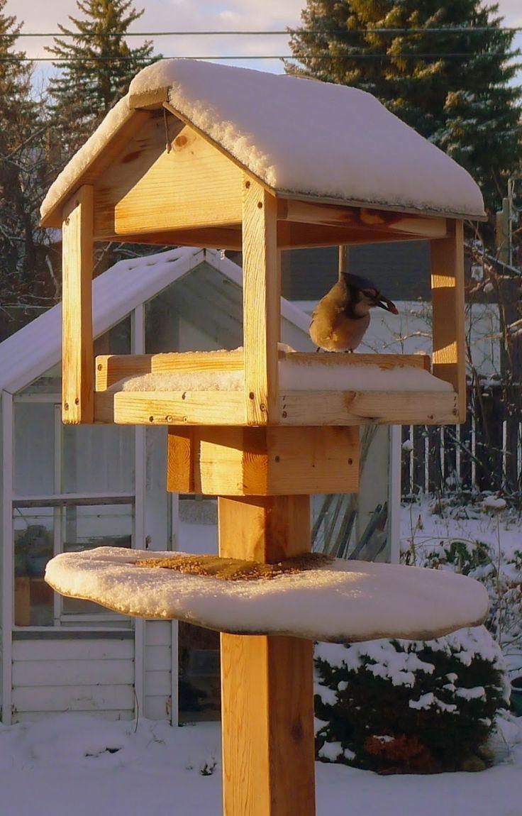 Magnificient Stand Bird House Ideas For Garden26
