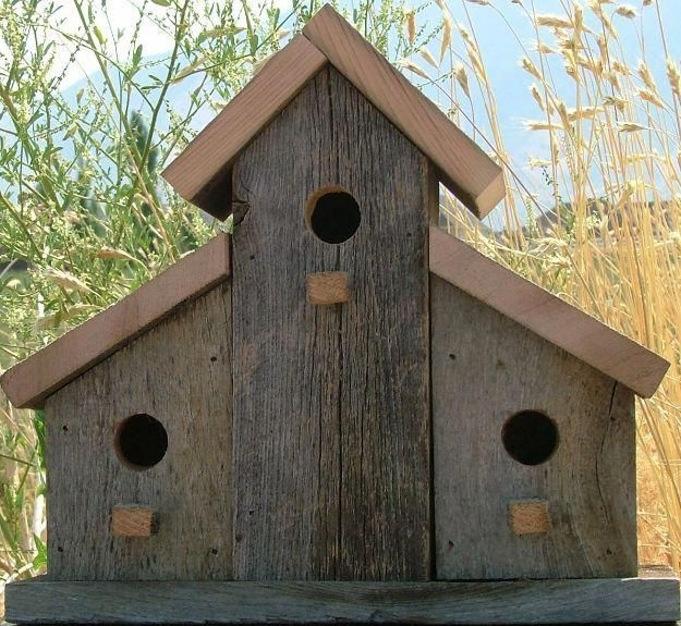 Magnificient Stand Bird House Ideas For Garden43