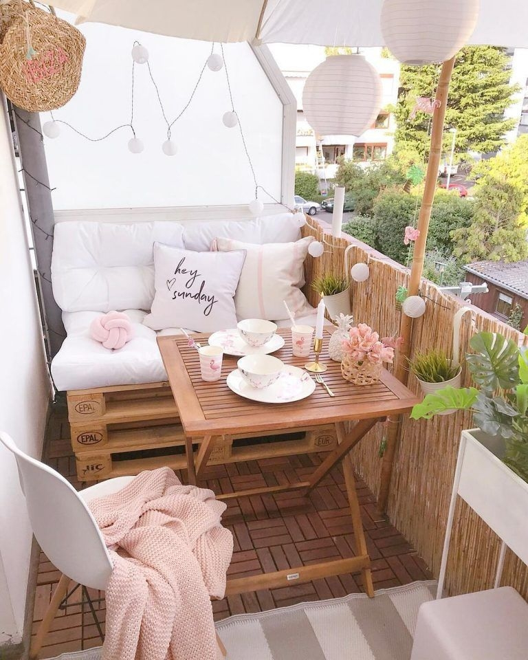 Popular Small Apartment Balcony Decor Ideas For You30