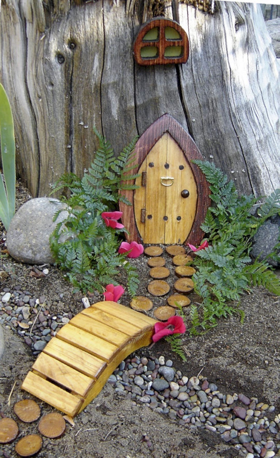 Pretty Fairy Garden Design Ideas To Try05