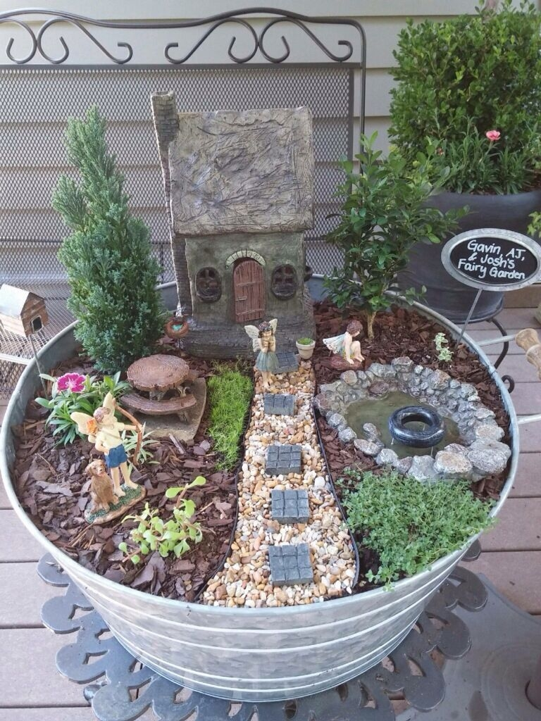 Pretty Fairy Garden Design Ideas To Try11