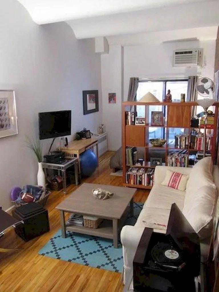 Splendid Studio Apartment Decorating Ideas That Looks Cool27