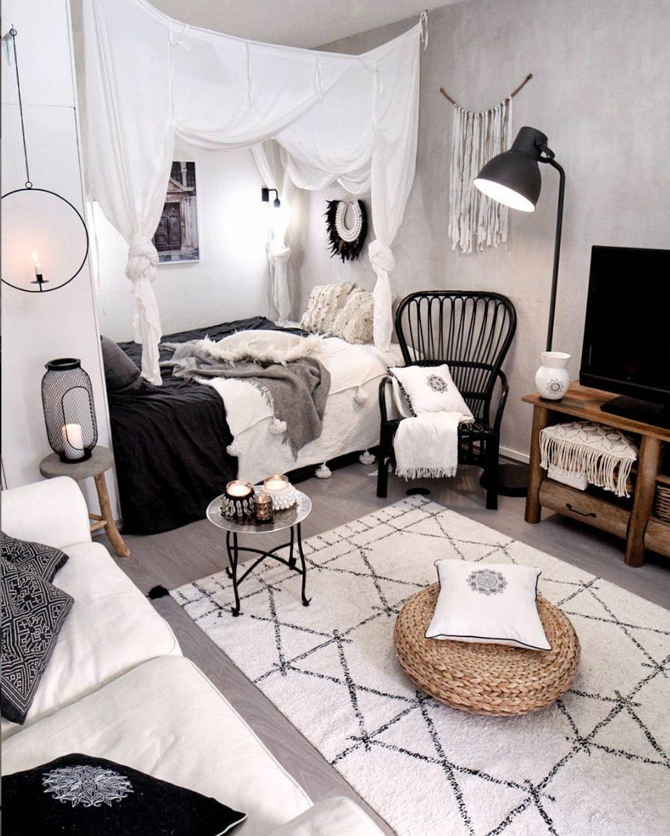 Splendid Studio Apartment Decorating Ideas That Looks Cool31