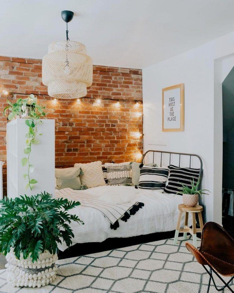 Splendid Studio Apartment Decorating Ideas That Looks Cool35