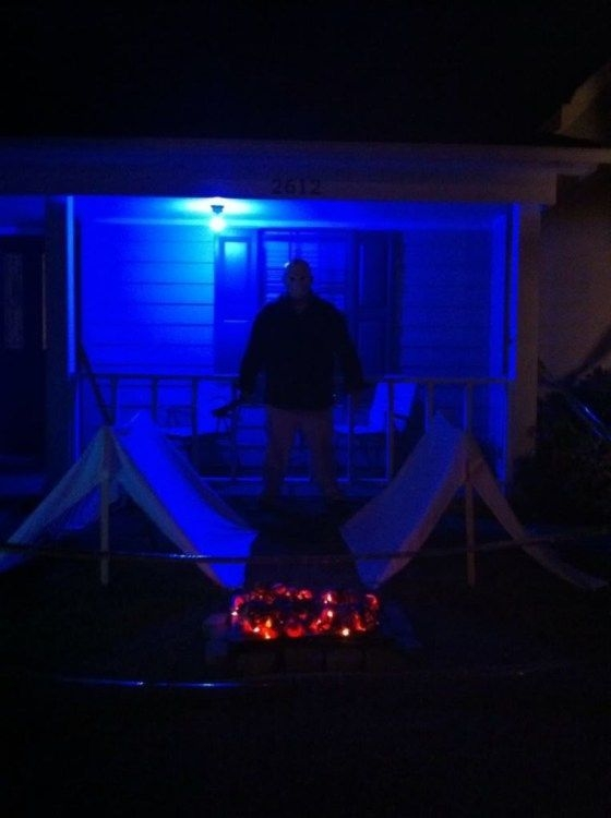 Stylish Outdoor Halloween Decorations Ideas That Everyone Will Be Admired Of07
