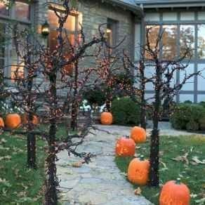 Stylish Outdoor Halloween Decorations Ideas That Everyone Will Be Admired Of11