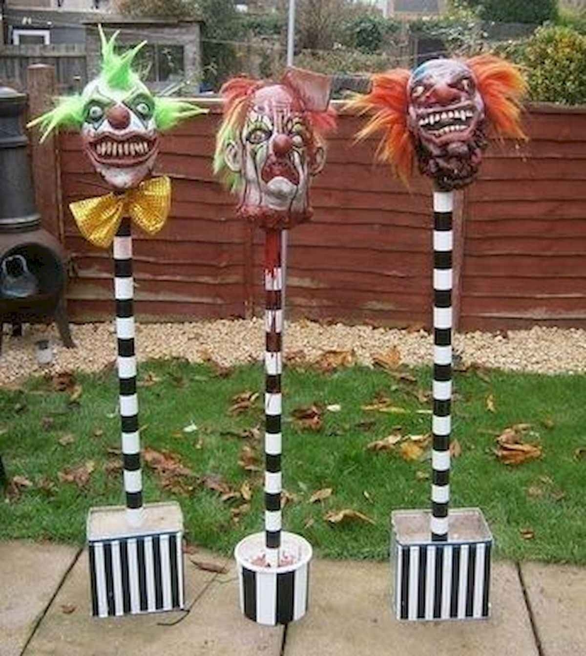 Stylish Outdoor Halloween Decorations Ideas That Everyone Will Be Admired Of34