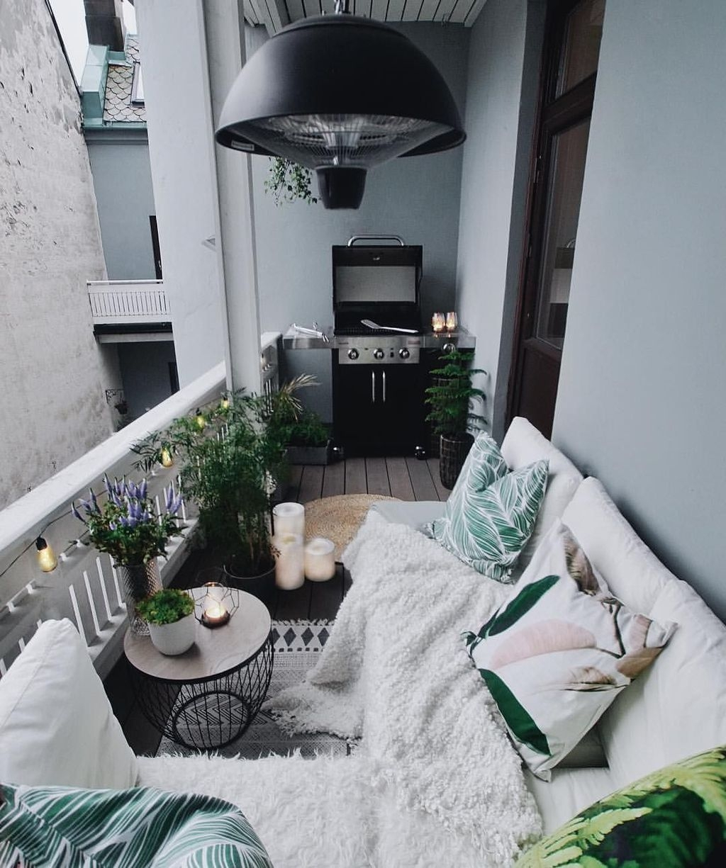 Superb Apartment Balcony Decorating Ideas To Try44