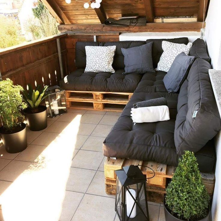 Superb Apartment Balcony Decorating Ideas To Try47